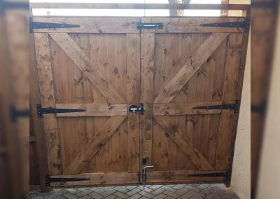 Sargent Fencing Gate 1